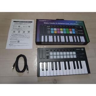 NOVATION Launchkey Mini MK3 MIDIキーボード(MIDIコントローラー)
