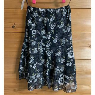 【☆440】花柄スカート 黒(ひざ丈スカート)