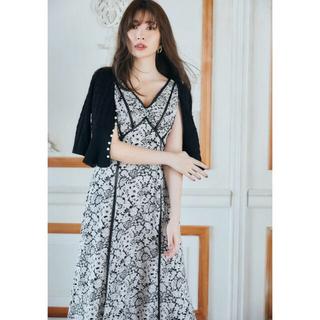 スナイデル(snidel)のher lip to Lace Trimmed Floral Dress(ロングワンピース/マキシワンピース)