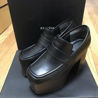 エモダ(EMODA)のEMODA ボリュームウッドローファー ライトミックス(ローファー/革靴)