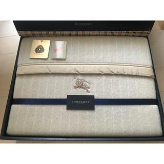 BURBERRY - 💛✳︎バーバリー毛布✳︎❤︎ウール素材❤︎✳︎新品未使用