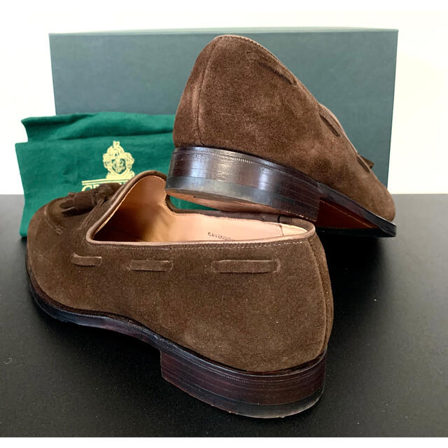 Crockett&Jones(クロケットアンドジョーンズ)のCROCKETT&JONES CAVENDISH 3 スエードタッセルローファー メンズの靴/シューズ(スリッポン/モカシン)の商品写真