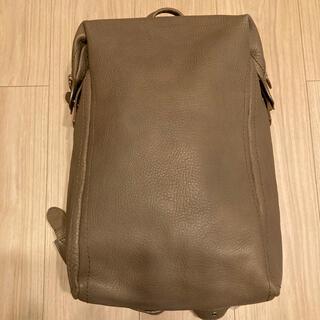 ツチヤカバンセイゾウジョ(土屋鞄製造所)の土屋鞄 トーンオイルヌメソフトミディアムバックパック アッシュブラウン(リュック/バックパック)