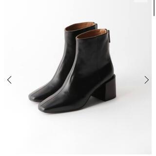 アパルトモンドゥーズィエムクラス(L'Appartement DEUXIEME CLASSE)のflattered フラッタード SHORT BOOTS(ブーツ)