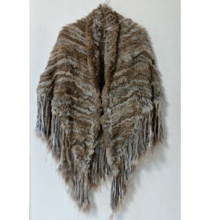 ゴア(goa)のgoa   ラビットファー ファーポンチョ 美品 毛皮ショール ファーコート (毛皮/ファーコート)