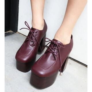 エモダ(EMODA)のラウンドバルキーシューズ(ローファー/革靴)