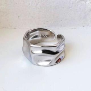 【新品】でこぼこ 凸凹 ワイドプレート リング メンズ レディース ユニセックス(リング(指輪))