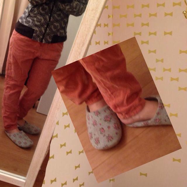 ピンクコーディロイ サルエルパンツ レディースのパンツ(サルエルパンツ)の商品写真