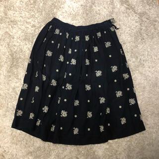 フォーティーファイブアールピーエム(45rpm)の45rpm  刺繍スカート(ひざ丈スカート)