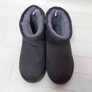 グローバルワーク(GLOBAL WORK)のK☆Mさん専用 グローバルワーク 撥水ムートンブーツ 21cm used 美品(ブーツ)