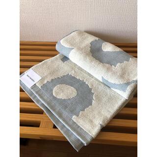 marimekko - マリメッコ ウニッコ バスタオル 70×150cm ブルー/オフホワイト