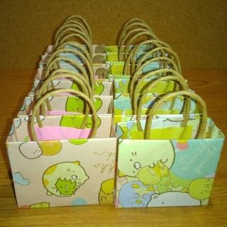 サンリオ(サンリオ)の新品ハンドメイド スミッコグラシ柄の折り紙で作ったショッピングバッグ12枚セット(その他)