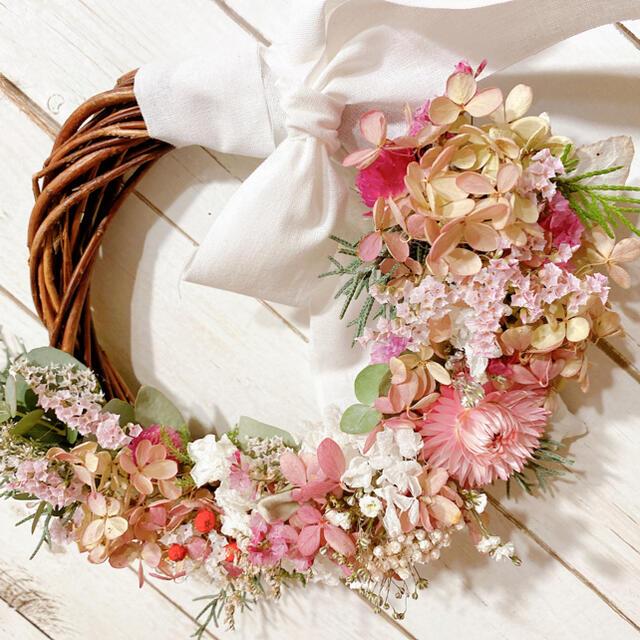 ドライフラワー ミナヅキ pink&White ガーリー リース ハンドメイドのフラワー/ガーデン(ドライフラワー)の商品写真