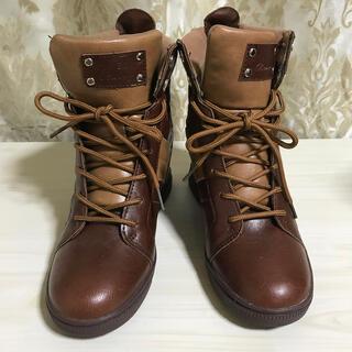プレイボーイ(PLAYBOY)のプレイボーイ 茶色 ショートブーツ インヒール ワイズ3E(ブーツ)