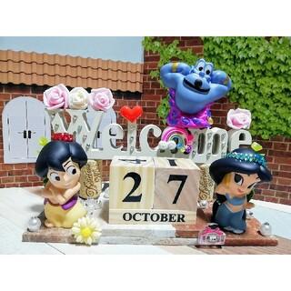 142 アラジン&ジャスミン&ジーニー カレンダー付きウェルカム  オブジェW(置物)