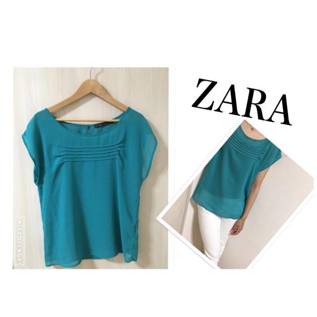 ZARA(ザラ)のZARA 夏 エメラルドグリーンブラウス レディースのトップス(シャツ/ブラウス(半袖/袖なし))の商品写真