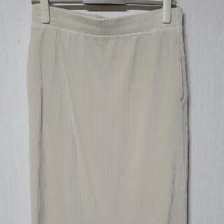 ユニクロ(UNIQLO)のUNIQLOコーデュロイスカート 白(ひざ丈スカート)