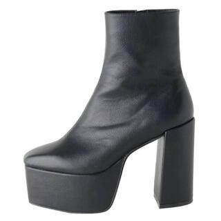 エヴリス(EVRIS)の【 EVRIS / エヴリス 】 レザーライクチャンキーブーツ Sサイズ(ブーツ)