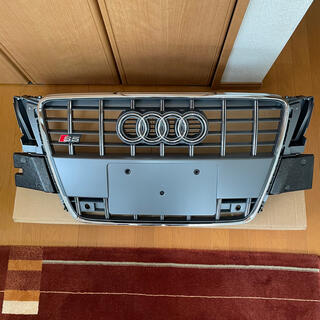AUDI - Audi S5 純正フロントグリル(B8)