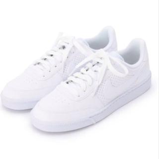 NIKE(ナイキ)のNIKE 白スニーカー レディースの靴/シューズ(スニーカー)