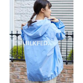 ミルクフェド(MILKFED.)の新品♡ミルクフェド ロゴ入りフード付きブルゾン ライトブルー(ブルゾン)