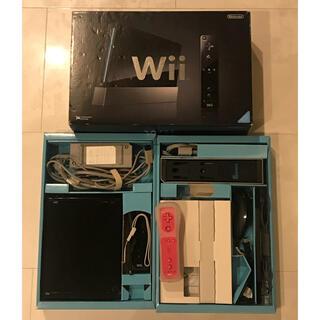 ウィー(Wii)のWii 本体 ブラック(家庭用ゲーム機本体)