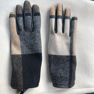 ザラ(ZARA)の新品同様美品 お洒落なZARAチェック柄手袋(手袋)