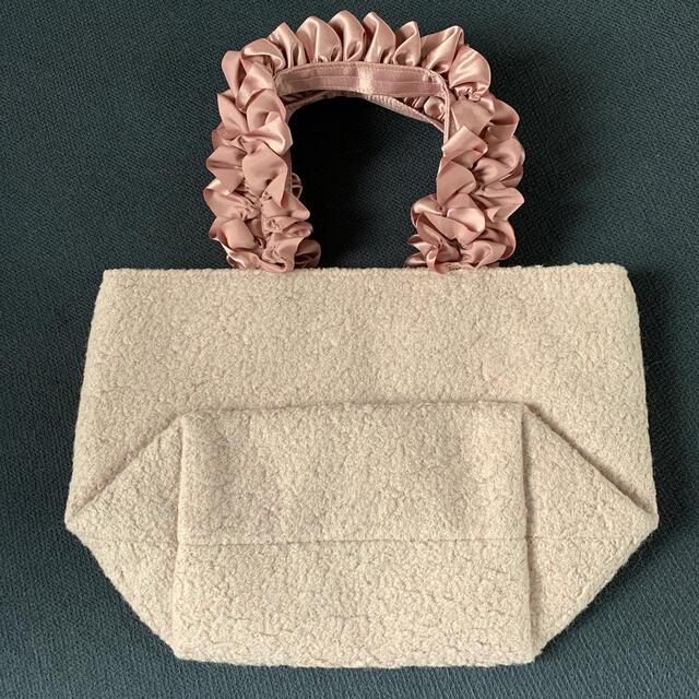 Maison de FLEUR(メゾンドフルール)の希少メゾンドフルール  ウールピンクバッグ新品 レディースのバッグ(トートバッグ)の商品写真