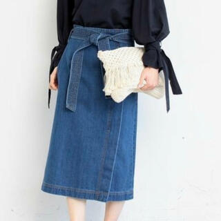 ユナイテッドアローズ(UNITED ARROWS)のユナイテッドアローズ デニムリボンのタイトスカート(ひざ丈スカート)