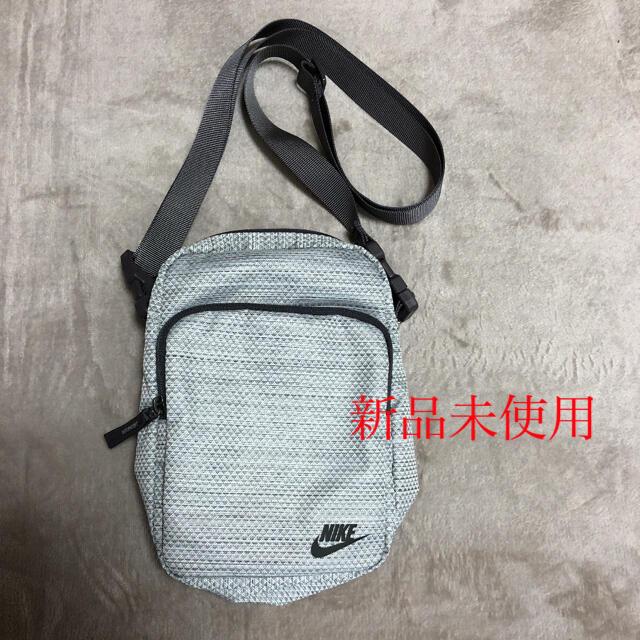 NIKE(ナイキ)の新品未使用 ナイキ ショルダーバッグ 男女兼用 メンズのバッグ(ショルダーバッグ)の商品写真