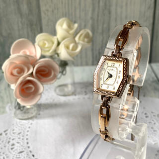 アガット(agete)の【動作OK】agete アガット 腕時計 ピンクゴールド アンティーク調(腕時計)