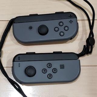 ニンテンドースイッチ(Nintendo Switch)の任天堂 switch joy-con グレー 左右セット(ストラップ付)(その他)