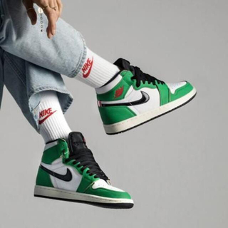 ナイキ(NIKE)のWMNS AIR JORDAN 1 HIGH OG LUCKY GREEN(スニーカー)
