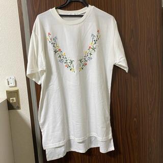 スピンズ(SPINNS)の白 Tシャツ 花 刺繍(Tシャツ/カットソー(半袖/袖なし))