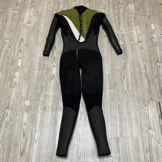 ウエットスーツ セミドライ(5mm×3mm)
