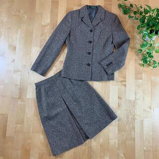 ニューヨーカー(NEWYORKER)のNEWYORKERニューヨーカーカシミヤ入りウールツイードスカートスーツ灰色7号(スーツ)