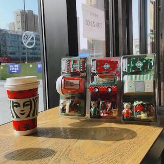 スターバックスコーヒー(Starbucks Coffee)のラバンダ様専用スターバックス中国 べアリスタ 飾り (キーホルダー)
