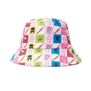 アンチ(ANTI)のHello Kitty and Friends ASSC Bucket Cap(キャップ)