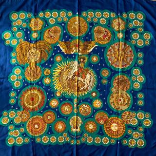 エルメス(Hermes)のエルメス カレ90 『太陽王』 シルク大判スカーフ Hermes (バンダナ/スカーフ)