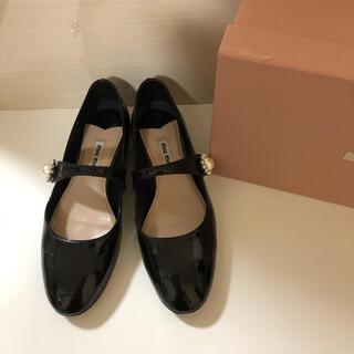 ミュウミュウ(miumiu)の❤︎ミュウミュウ フラットシューズ❤︎(ローファー/革靴)