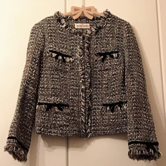GALLERY VISCONTI(ギャラリービスコンティ)の☆ジャケット☆1月31日迄 レディースのジャケット/アウター(ノーカラージャケット)の商品写真