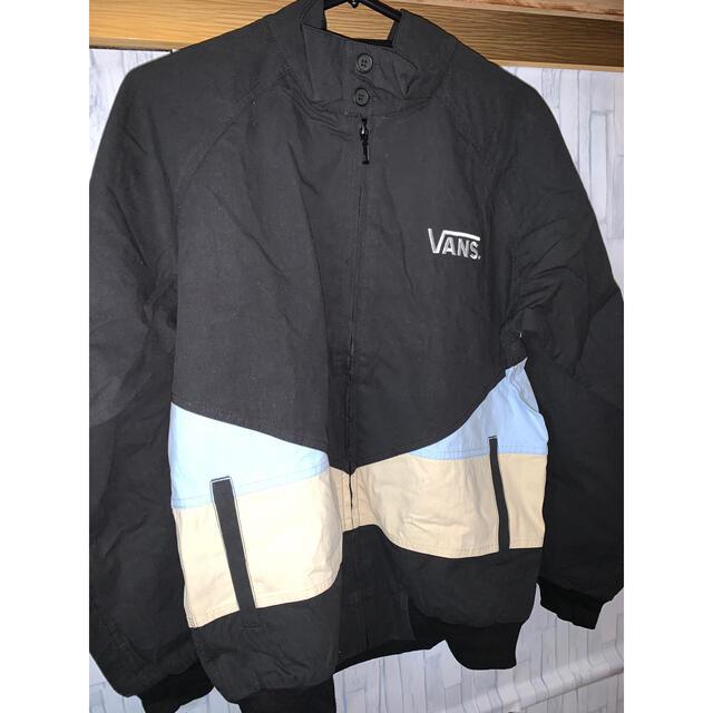 VANS(ヴァンズ)のvansジャケット メンズのジャケット/アウター(ナイロンジャケット)の商品写真