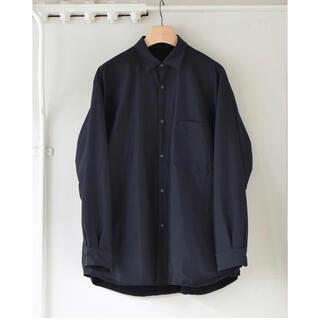コモリ(COMOLI)のCOMOLI 2020AW新作 ナイロンシャツジャケット サイズ2 新品未使用(ナイロンジャケット)