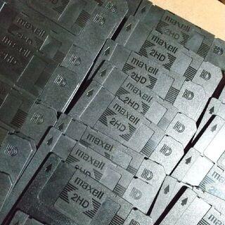 マクセル(maxell)のフロッピー3.5インチ 2HD  マクセル maxell USED30枚 ③(PC周辺機器)