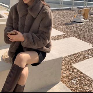 スタイルナンダ(STYLENANDA)の【予約商品】《3カラー》フェイク ファーコート 韓国ファッション 冬服(毛皮/ファーコート)