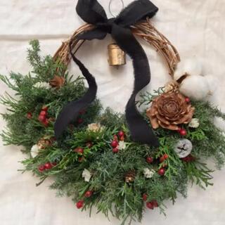 コットンフラワーのクリスマス リース 26cm ドライフラワー(リース)