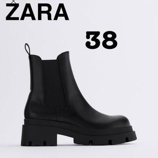 ザラ(ZARA)のザラᕱ⑅︎ᕱ完売品ᕱ⑅︎ᕱトラックソール付きブーツ(ブーツ)