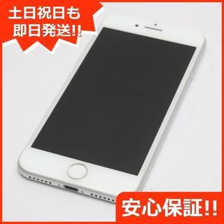 アイフォーン(iPhone)の美品 DoCoMo iPhone7 128GB シルバー (スマートフォン本体)