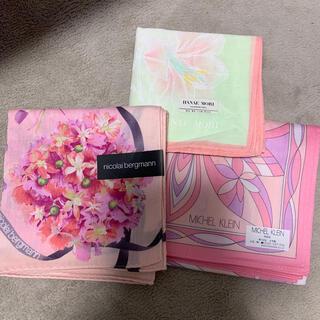 ミッシェルクラン(MICHEL KLEIN)の新品未使用ブランド レディースハンカチ3枚組 かわいい ピンク(ハンカチ)