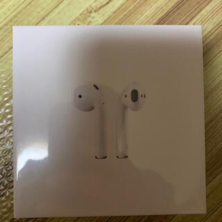 アップル(Apple)のApple AirPods MV7N2J/A 新品未開封 国内版 保証未開始(ヘッドフォン/イヤフォン)